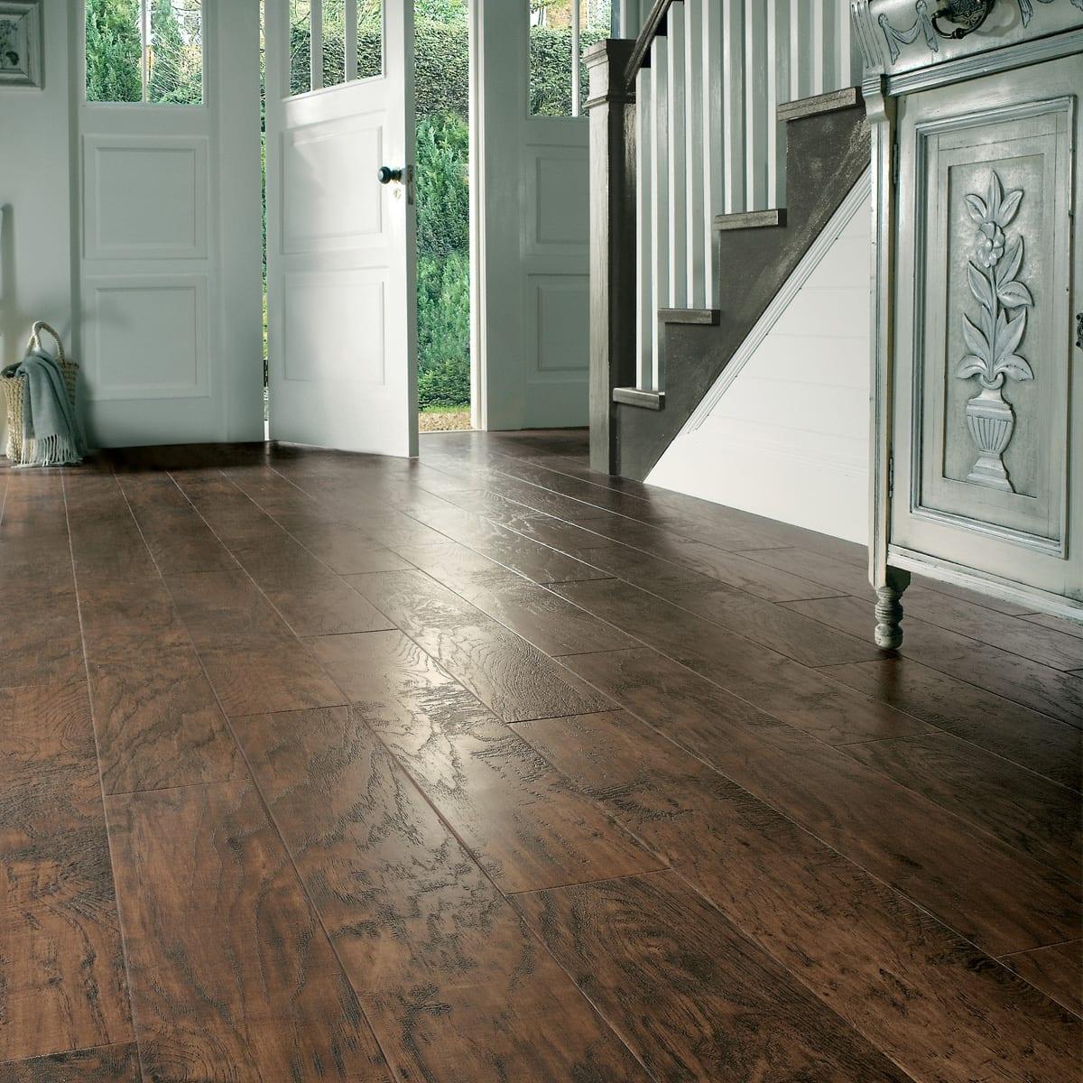 Karndean art select handcrafted vinyl plank flooring for Hard vinyl floor tiles