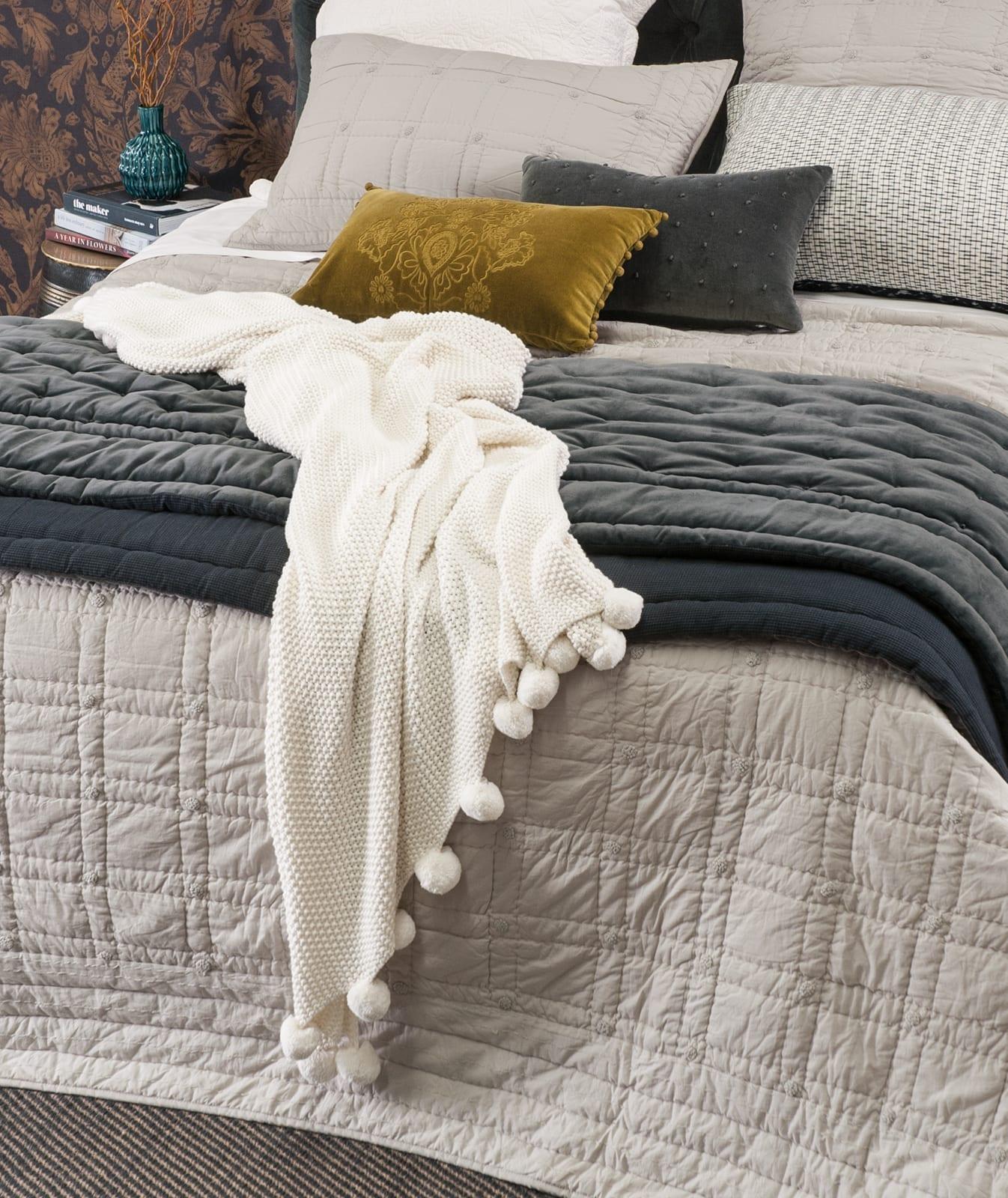 Mica Bedroom Furniture Bianca Lorenne Finola Oyster Bedspread With Mica Comforter