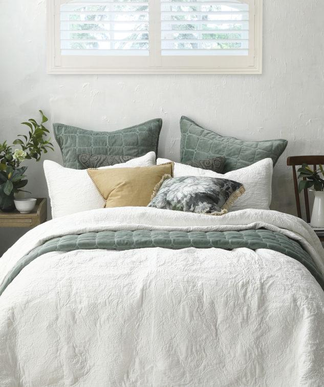 MM Linen Ancara Ivory Bedspread Meeka Laurel 633x755