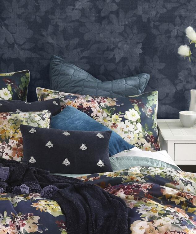 MM Linen Blossom and Meeka Eurocase 633x755