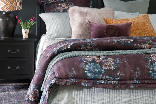 Blog Feature Image Ricamo pale grey with vernice aubergine comforter 600x400