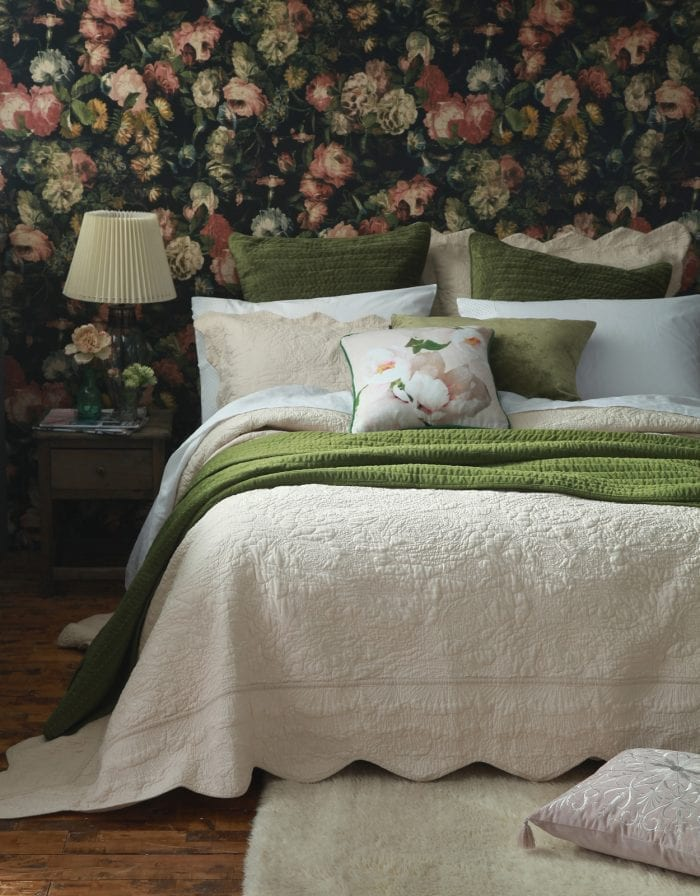 MM Linen Ara Bedspread Set in Shell