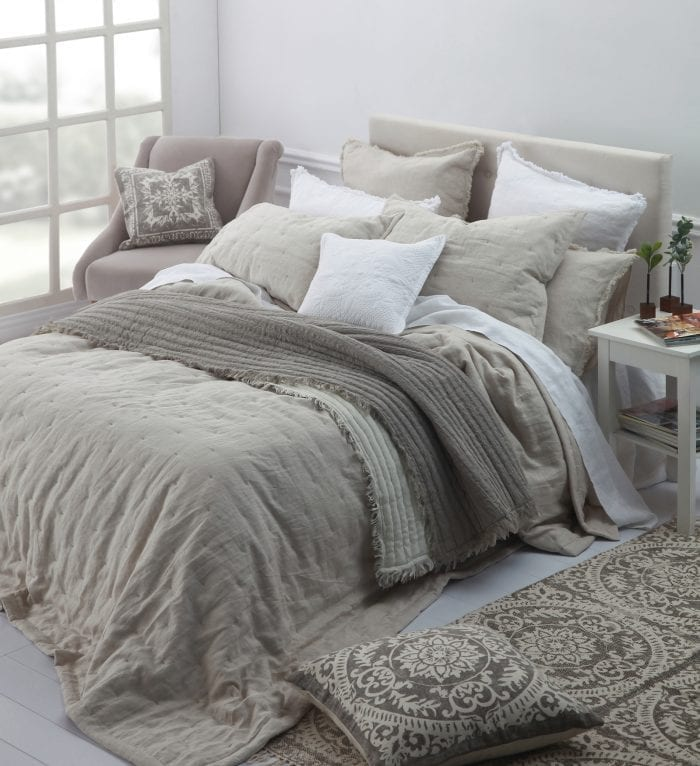 MM Linen Laundered Linen Bedspread in Natural