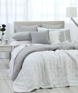 MM Linen Laundered Linen Bedspread Set