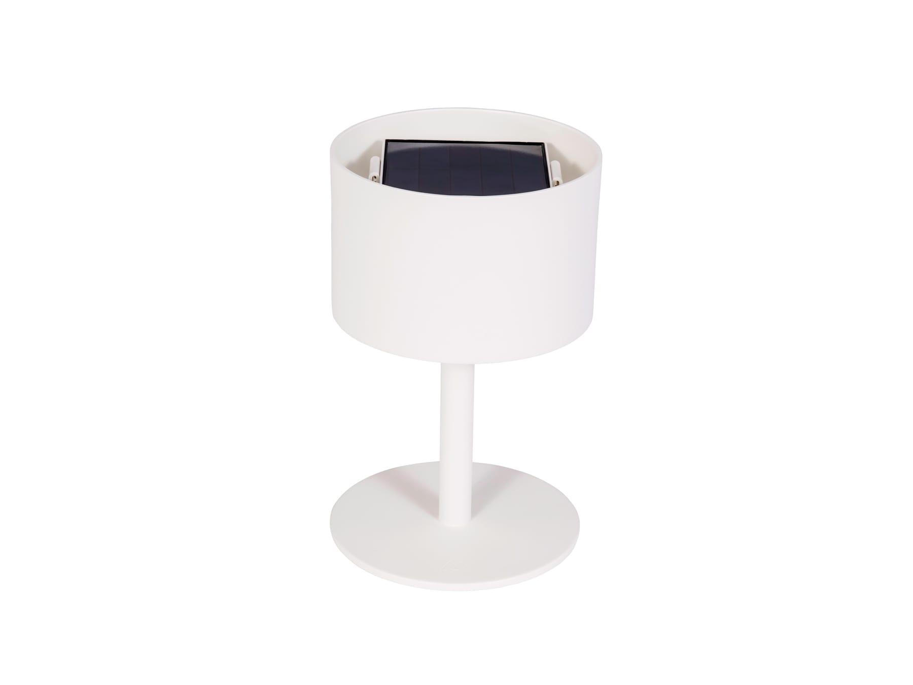 Maiori Pose 01 Solar Lamp 2