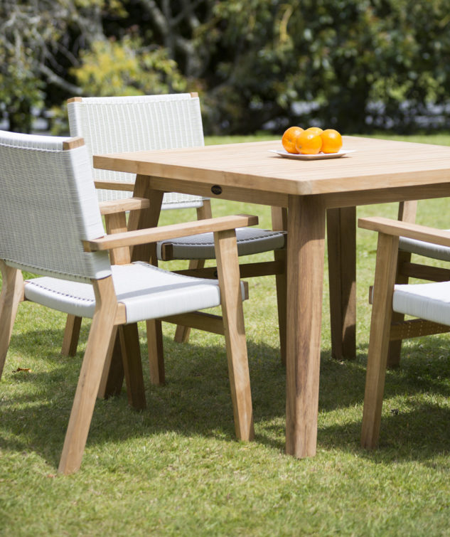Porter 1000 Sqaure with 4 Jackson Carver Chairs White Wash 2 633x755