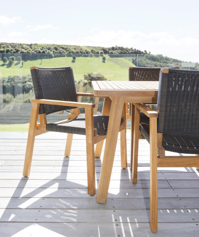 Porter 2400 with Waipuna chairs 2 633x755