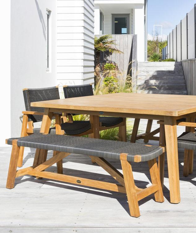 sawyer bench seat Lifestyle 4 633x755