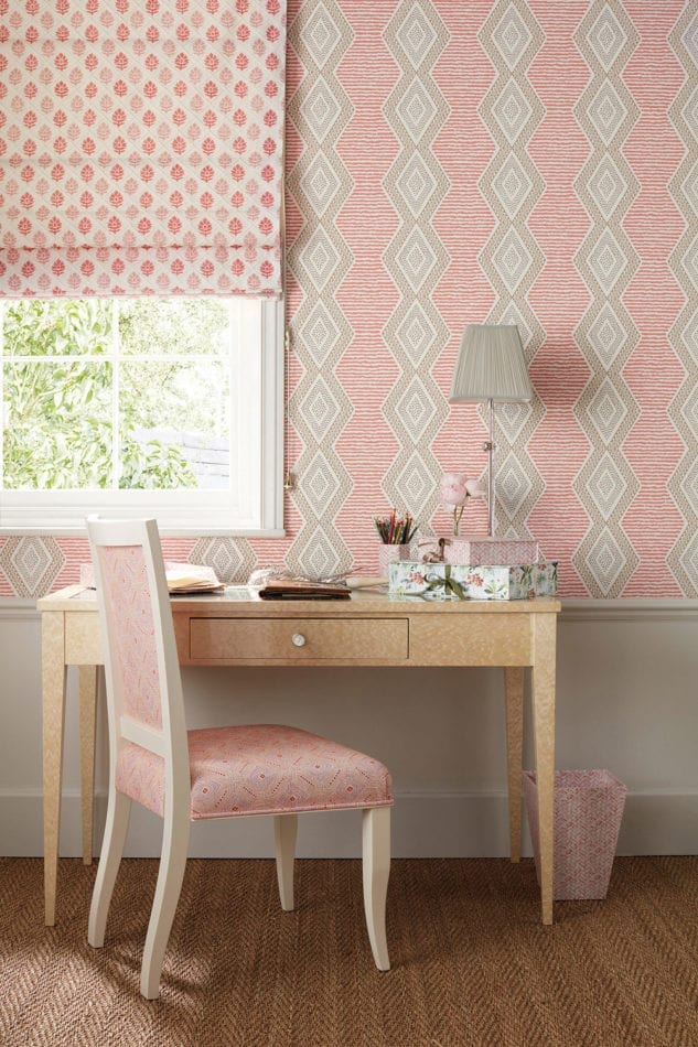 Nina-Campbell-Les-Reves-Camille-Fabric-Belle-Ile-Wallpaper