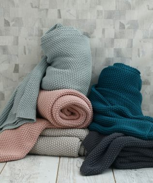 MM Linen Bronte Throws