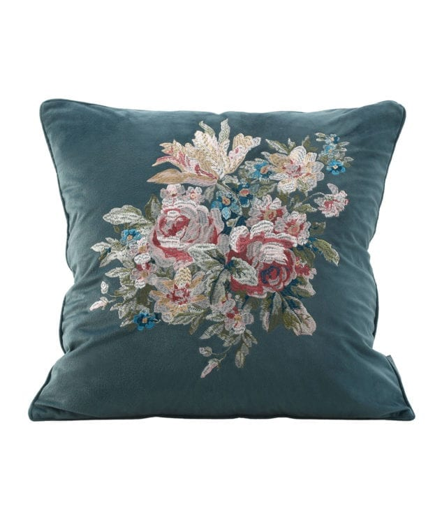 MM Linen Vintage Cushion 2 633x755