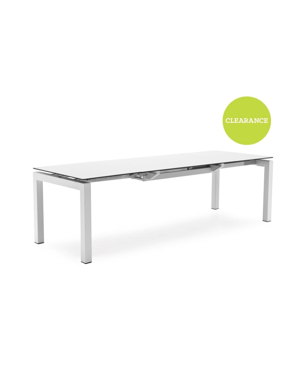 Calligaris Airport Dining Table with White Glass top