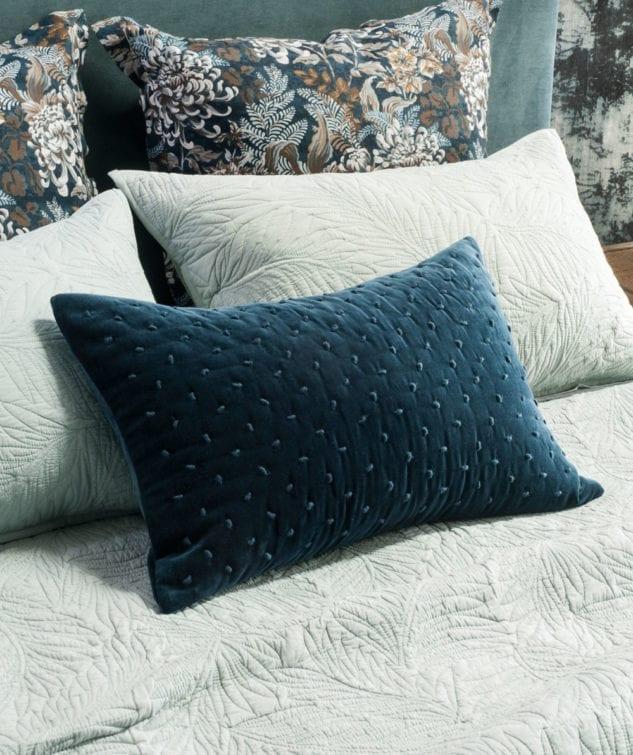 Bianca Lorenne Mica Cushion indigo 633x755