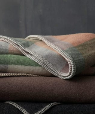 MM Linen Akaora Blanket