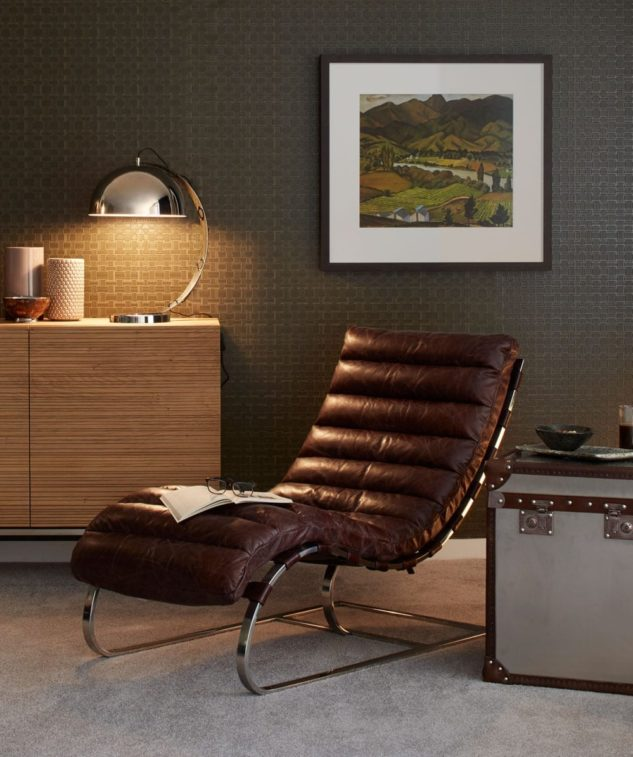 Halo Bilbao Armchair and trunk