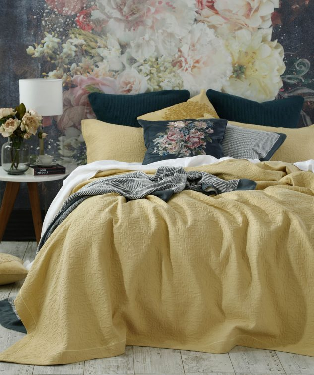 MM Linen Nina Coverlet Set