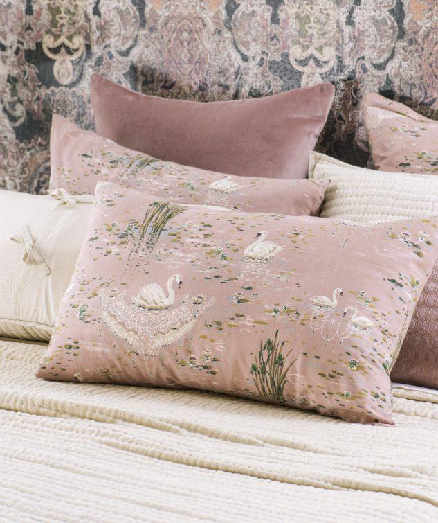 Bianca Lorenne Cigna Pillowcase