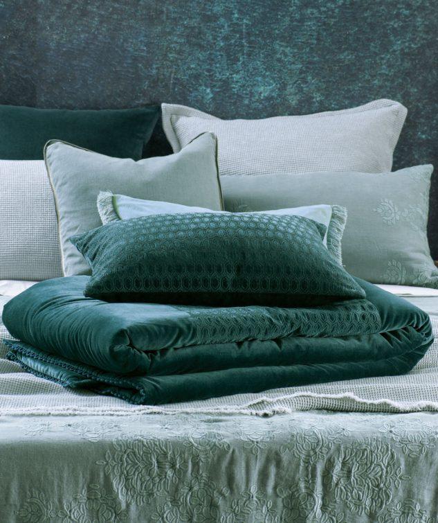 Bianca Lorenne Lilypad Comforter 633x755