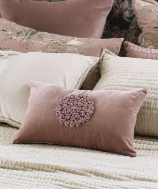 Bianca Lorenne Mirabel Cushion