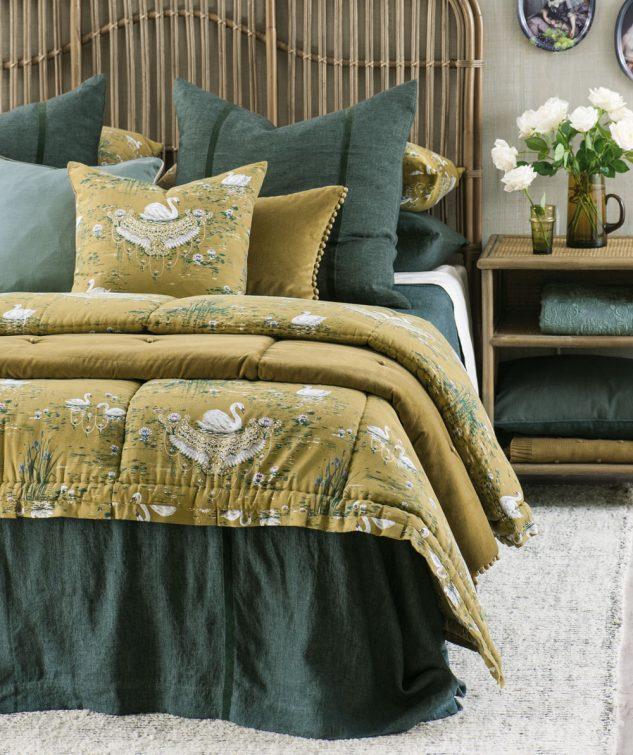 Bianca Lorenne Ruscello Bedspread cigna olive 633x755