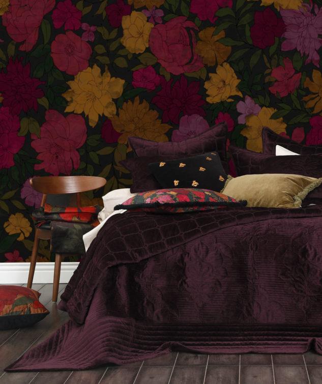 MM Linen Meeka Comforter Port