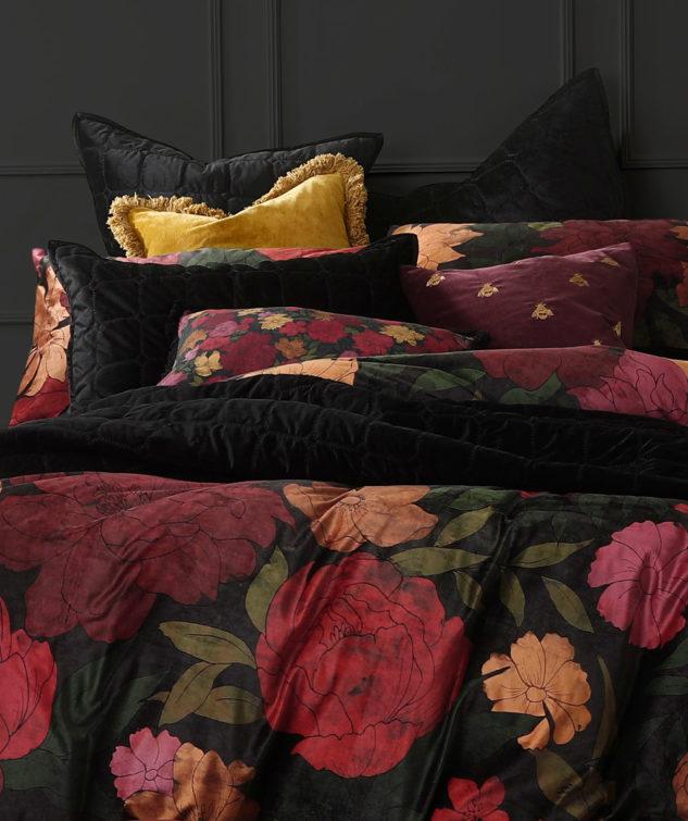 MM Linen Meeka Comforter in Ebony