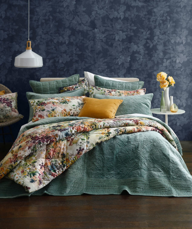 MM Linen Remy Bedspread Laurel 2 633x755