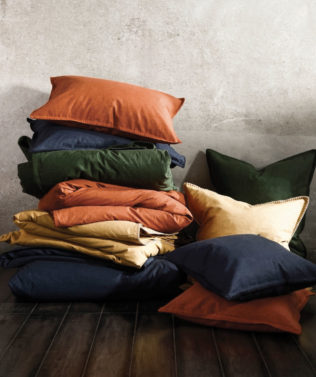 MM Linen Stitch Duvet Set Stack 316x377