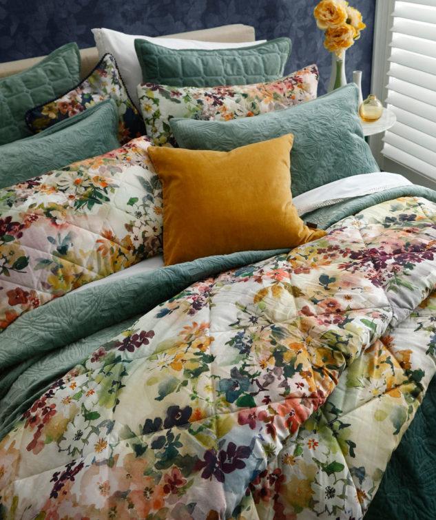 MM Linen Wildflower Comforter Set