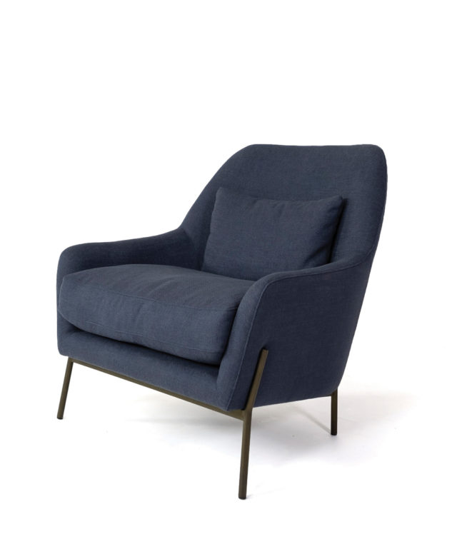 Aych chair blue side 633x755