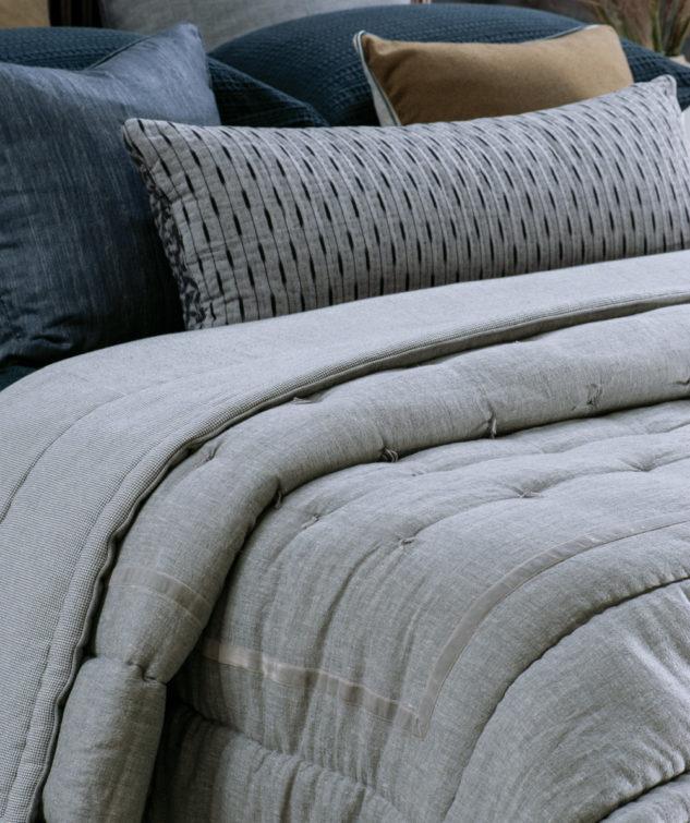 luchesi silver comforter HR 633x755