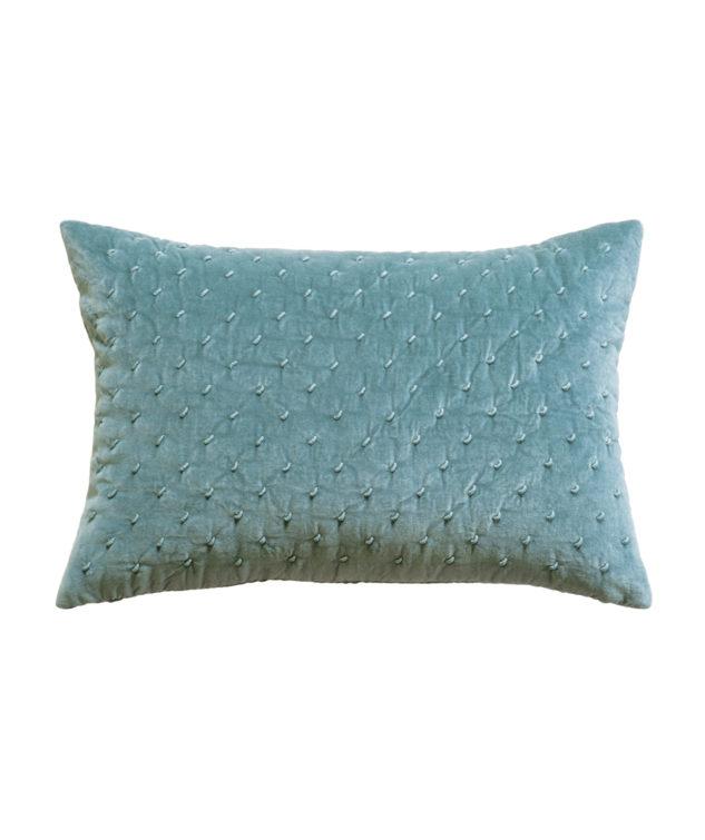 mica Lagoon cushion clear cut HR 633x755