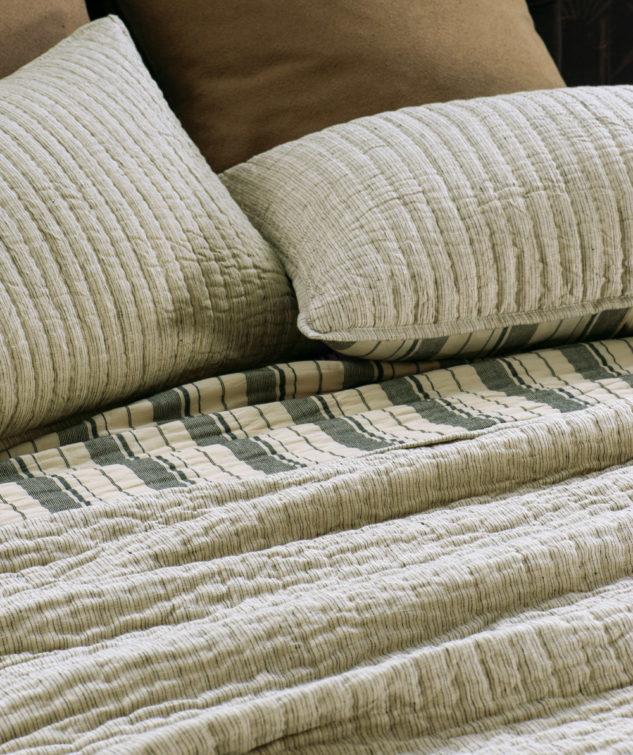 pezzato natural bedspread HR 633x755