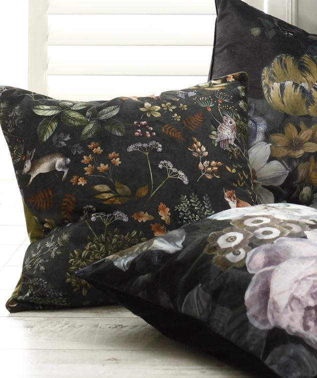 MM Linen Briar Cushion detail 633x755