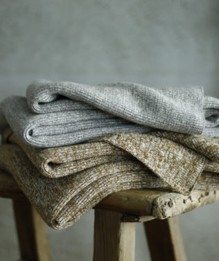 MM Linen Chambray Throw