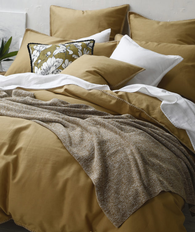 MM Linen Chambray Throw Lifestyle 633x755