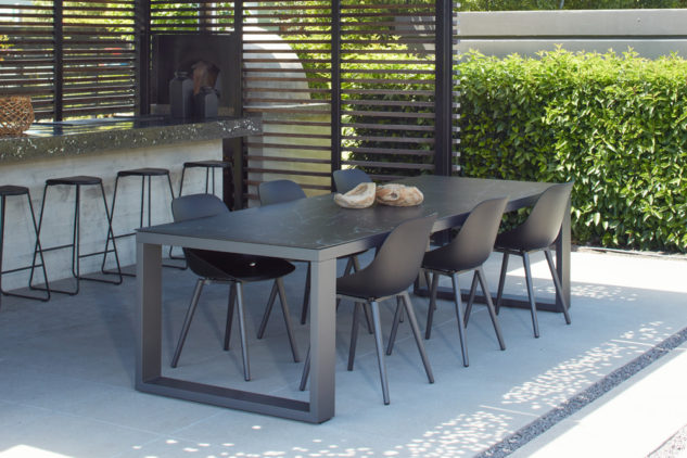 Jati & Kebon Galati Outdoor Dining Chair and Linate Dining Table