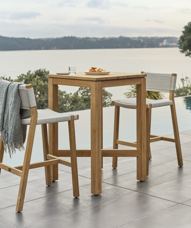 Devon Haast Outdoor Bar Leaner- Square