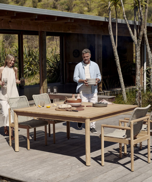 Devon Opito Outdoor Dining Table