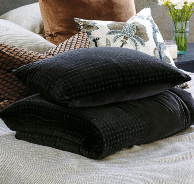 Bianca Lorenne Petalo Comforter and cushion