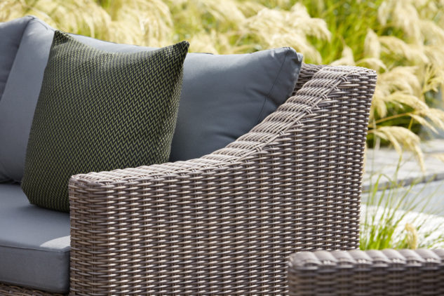 Portico Bermuda outdoor sofa detail 633x422
