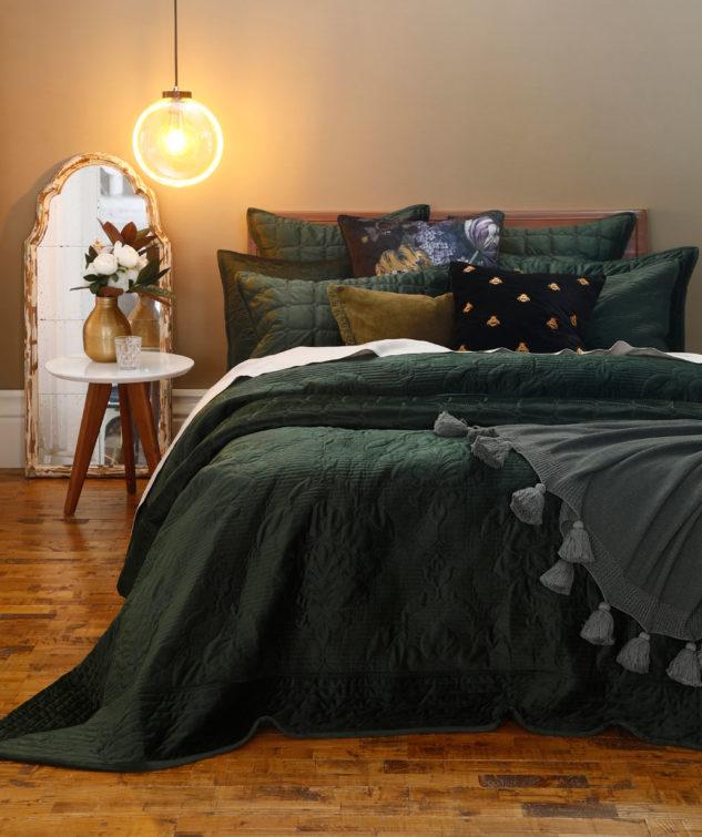 MM Linen Florentina Bedspread Sycamore 633x755