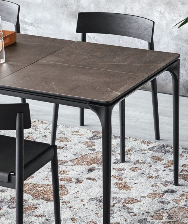 Calligaris Silhouette Dining Table Detail 633x755