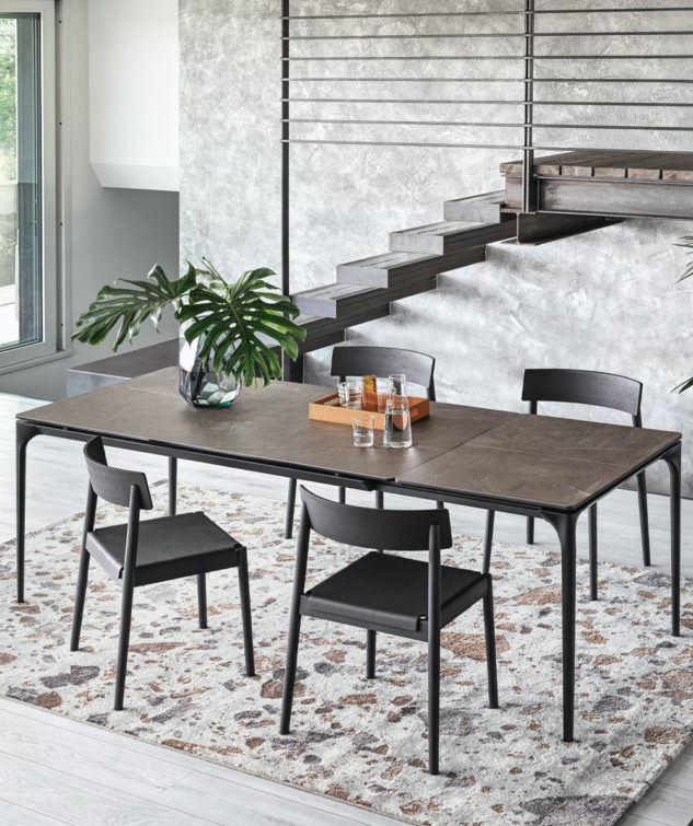 Calligaris Silhouette Dining Table Lifestyle 633x755