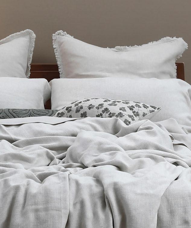 MM Linen Hagley Cushion Lifestyle2 633x755